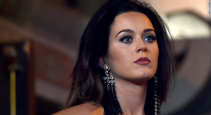 Katy Perry made cryptocurrecy-style manicure