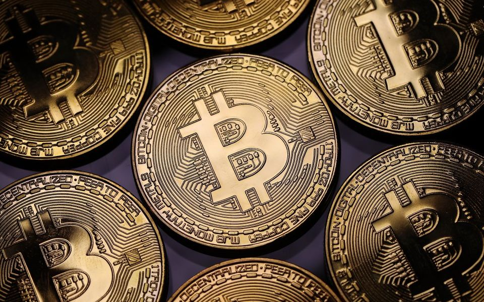 What is Cryptocurrency? How to Use, the Future of Crypto, the History of Bitcoin