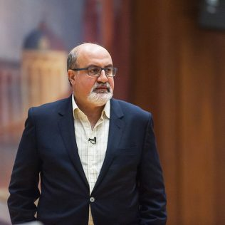 Nassim Taleb told how to bet on crises