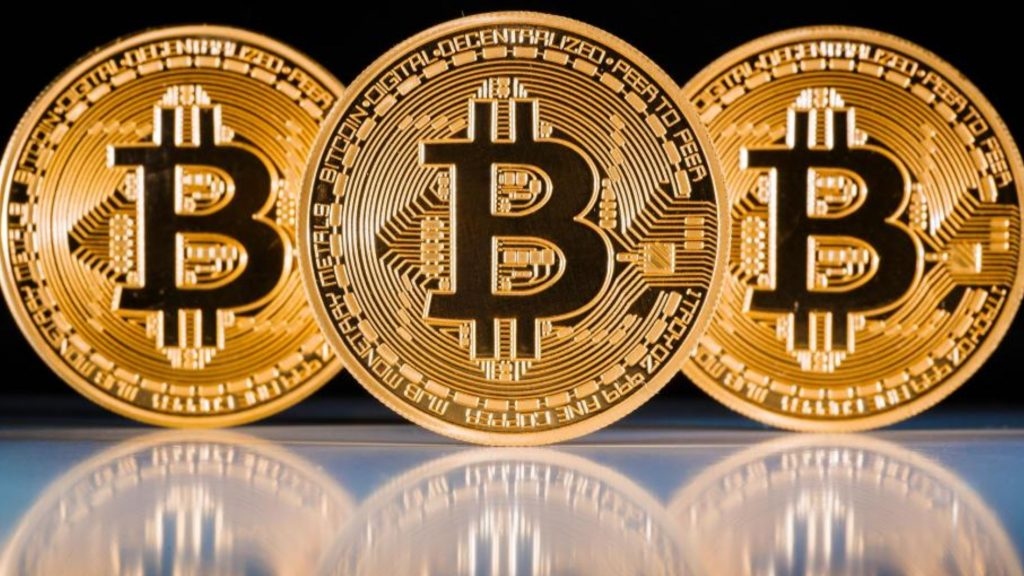 Buying Bitcoins: Bitcoin ATMs, Gift cards, Exchanges, P2P