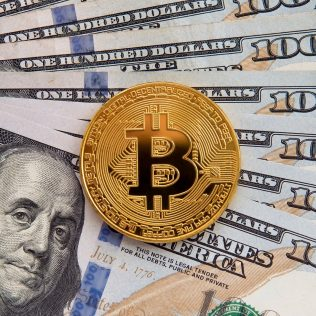 The​ difference between Bitcoin and fiat money